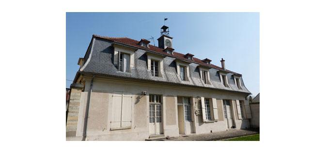 Rue de Verrières, ancienne Manufacture royale des cires